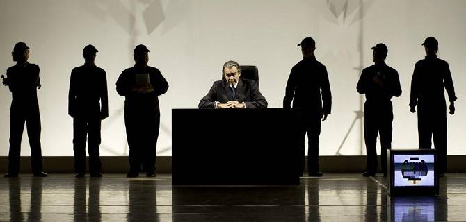 Frost/Nixon in scena all'Elfo Puccini (© Laila Pozzo - Nep Photo)